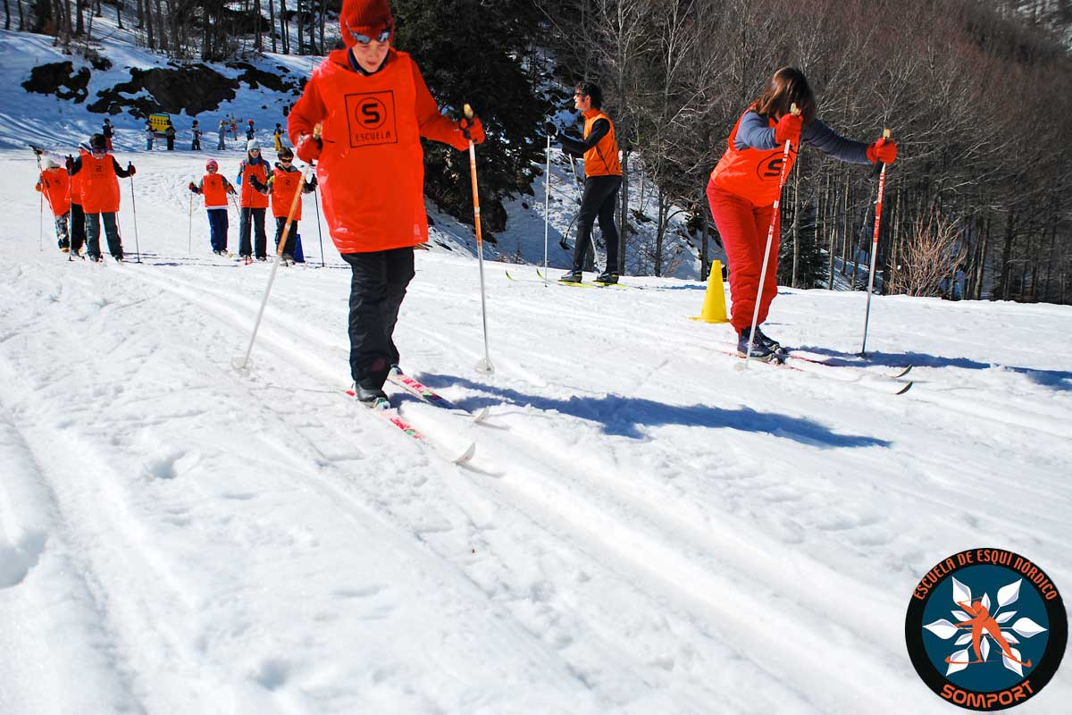 especial colegios y grupos un da en la nieve aprendizaje del esqu nrdico juegos